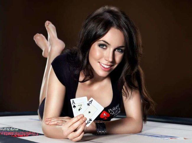 Topp tio sexiga pokerproffs i världen